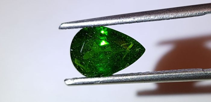 没有底价 -  Chrome Diopside - 2.05 ct