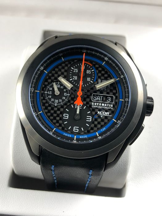 Luminox - XU5261 XCOR Aerospace Chronograph Automatic - GGL.L5261.1 - Heren - 2011-heden