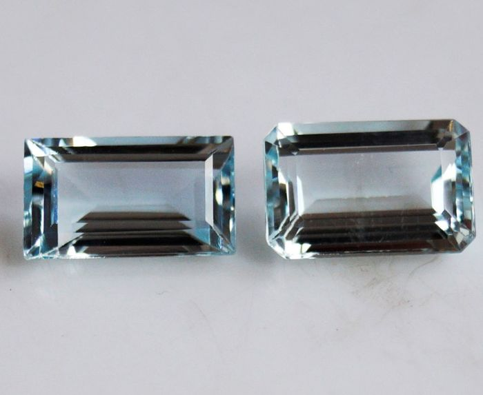 2 pcs Blue Aquamarine - 5.70 ct