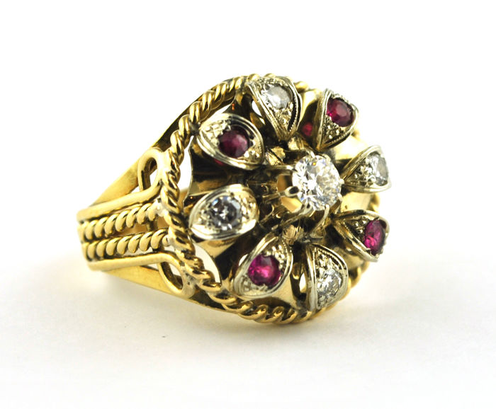 Antique - 18 kt. Gold - Ring Diamond - Ruby
