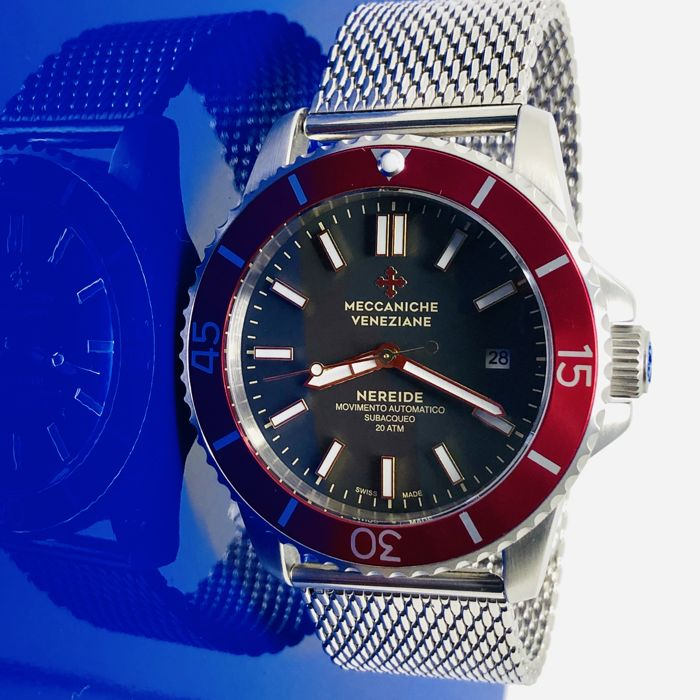Meccaniche Veneziane - Nereide Rubino Red with Steel Mesh Strap + Grafite Leather + Rubber - MV135/2 Mesh - Men - Bran New