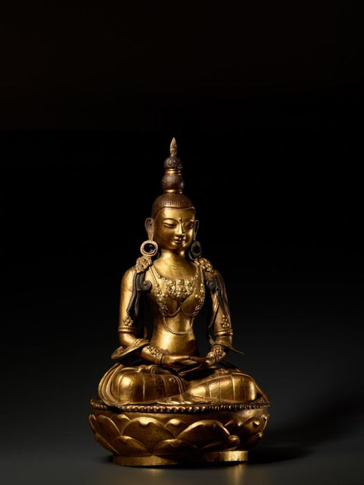 Sculpture - Bronze, Cuivre - A Large Gilt Figure of Amitayus, Dollonor - Mongolie - 1912 A.D.
