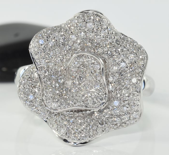 18 carats Or blanc - Bague - 2.40 ct Diamant