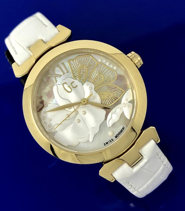 "Guess Collection  - GC LadyBelle IP Gold MOP Flower Dial White Swiss ""NO RESERVE PRICE"" - Y22004L1 - Dames - 2011-heden"