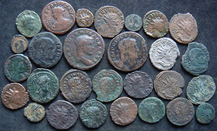 Roman Empire - Lot of 28 AE coins, 3rd - 4th century AD