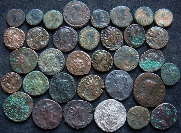 Roman Empire - Lot of 34 AE coins, 3rd - 4th century AD