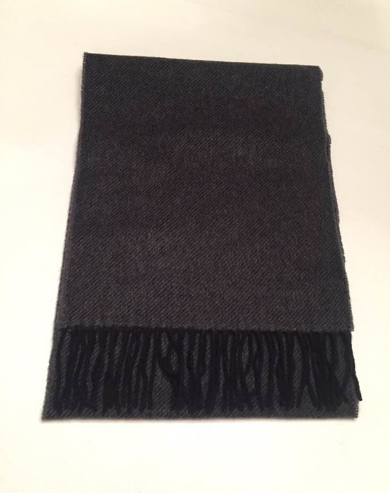 Paul Smith Scarf - Catawiki 950216b1c1db6