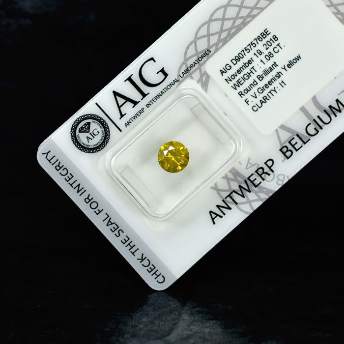 Diamant - 1.06 ct - Brillant - Fancy Vivid Greenish Yellow - I1 - EXC/VG/VG