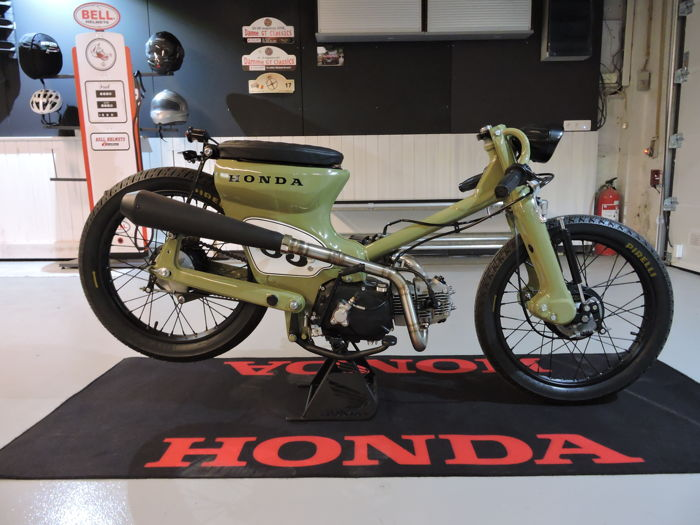 Honda - C70 Cub - Full Custom - Wheels&Waves - NO RESERVE - 125 cc - 1983