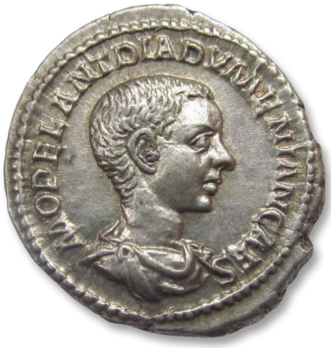 Roman Empire - AR Denarius, Diadumenian as Caesar. Rome 217-218 A.D. - in stunning condition - Silver