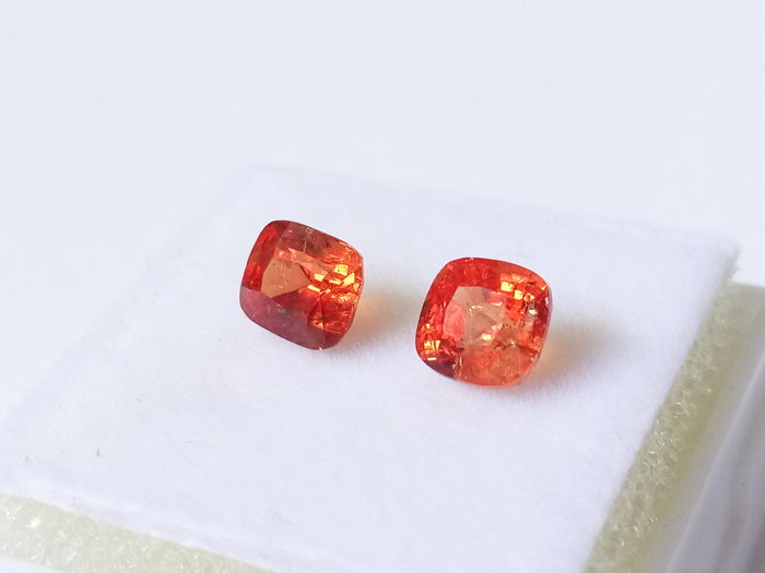 2 pcs Orange Spinell - 1.95 ct