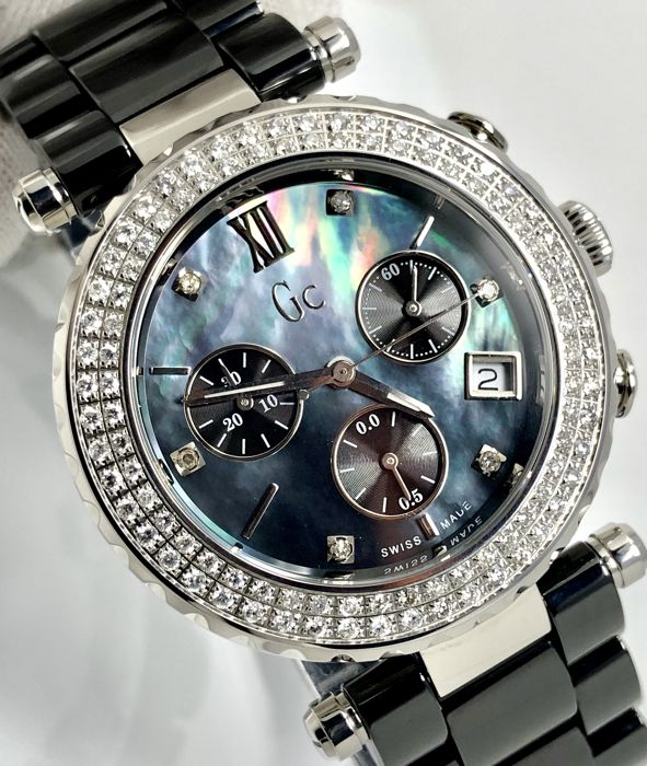 Guess Collection - 106 Diamonds Black Ceramic Mother of Pearl Dial Chronograph GC Precious Collection Swiss Made  - A22102M2 - Mujer - 2011 - actualidad