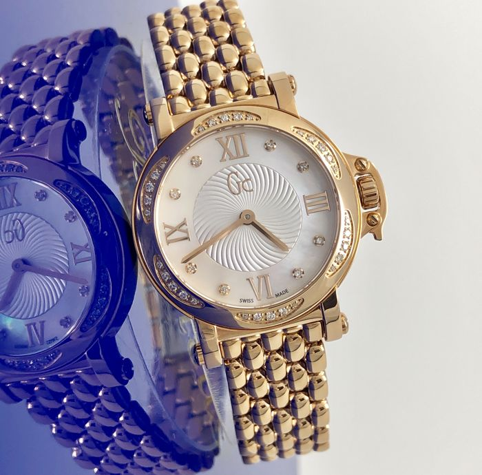 "Guess Collection  - 30 Diamonds GC Precious Rose Gold tone Swiss Made  - X52107L1S ""NO RESERVE PRICE"" - Donna - 2011-presente"