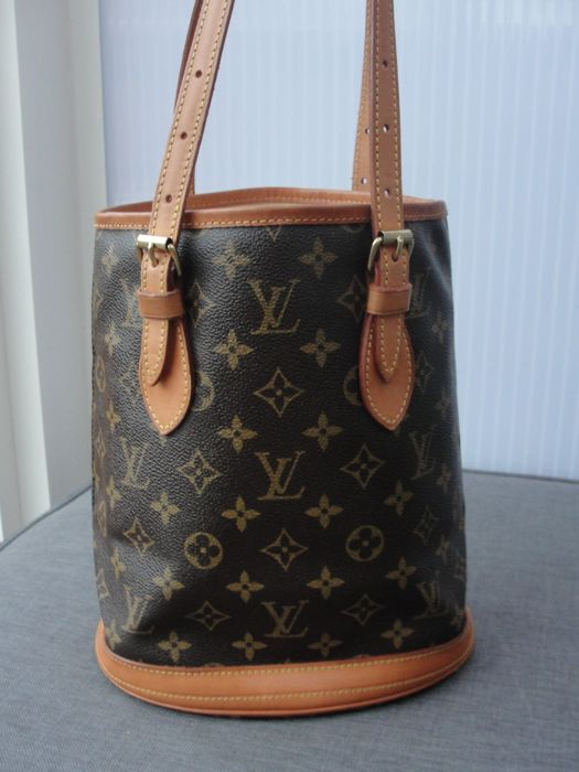 ffb663ca2a Louis Vuitton - Bucket PM monogram canvas schoudertas/ Handbag ...