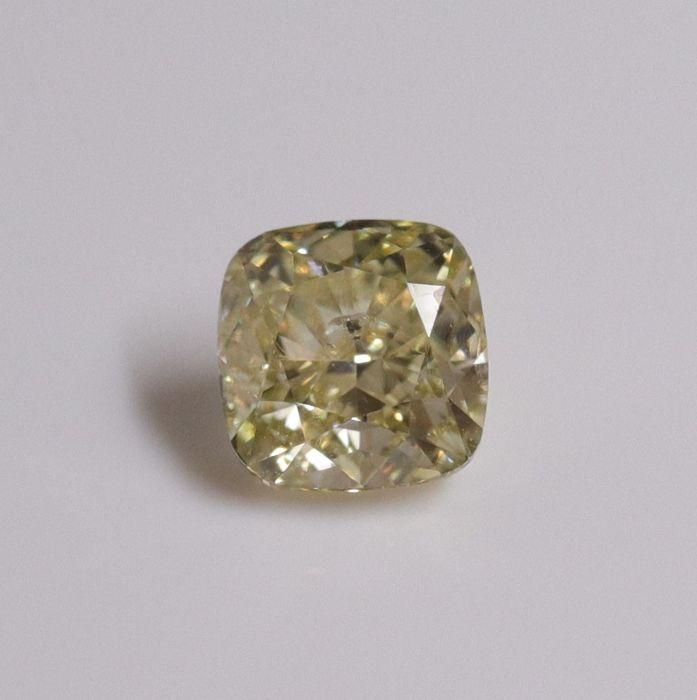 1 pcs Diamante - 0.73 ct - Almofada - GIA Cert Excellent - fancy brown greenish yellow - I1