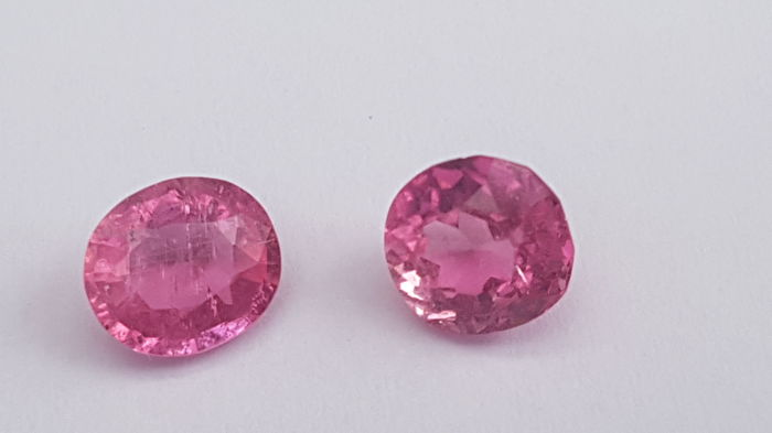 2 pcs Rosa Safira - 3.00 ct
