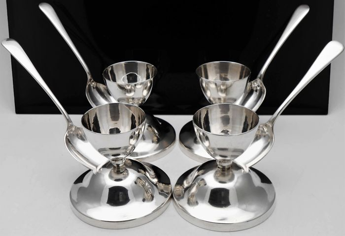 4x Silver plated egg sets + egg spoons - Silver plated - U.K. - 1900-1949