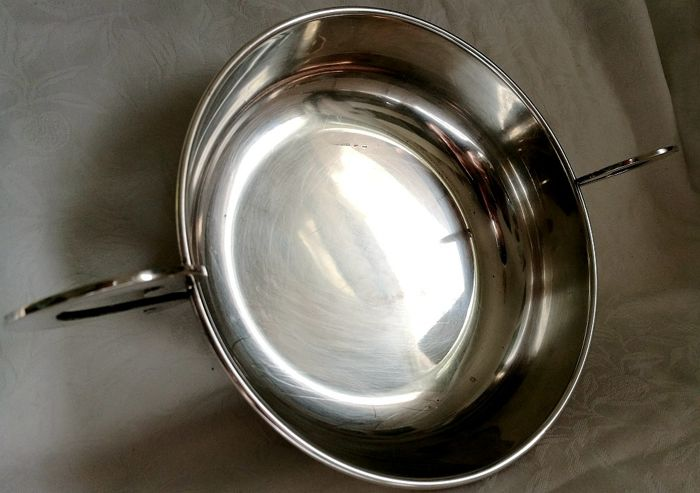 Elegant and refined dish with curved handles - Silver - FARAONE - Italy - 1950-1999