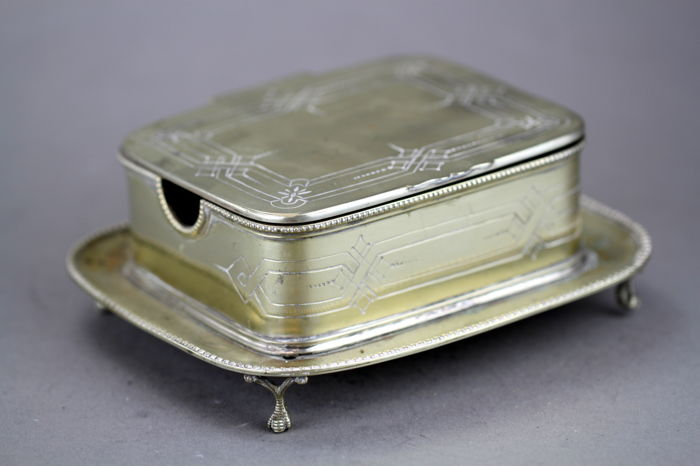 Antique butter dish - Silverplate - T.Harwood & Son - U.K. - Ca. 1850