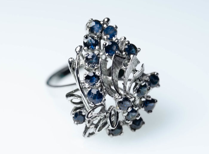 925 Silver, rhodium-plated - Cocktail ring with 1.3 ct sapphires