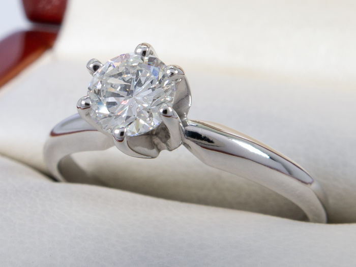14 kt. - 0.50 ct - Diamond solitary brilliant cut ring
