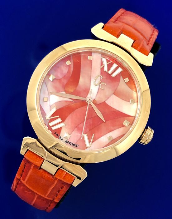 "Guess Collection  - GC LadyBelle Red IP Rose Gold Floral Dial Leather Swiss - Y20004L3 - ""NO RESERVE PRICE"" - Women - 2011-present"