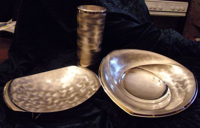 Convolute: bowls and vase (3) - vintage silver plated bronce - WMF-Turmmarke IKORA - Germany - 1950-1999