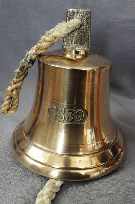 Ship's bell with print 1839 - Messing