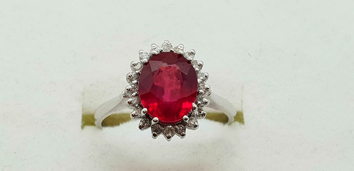 18 kt. White gold - Ring - 2.59 ct Ruby - Diamond