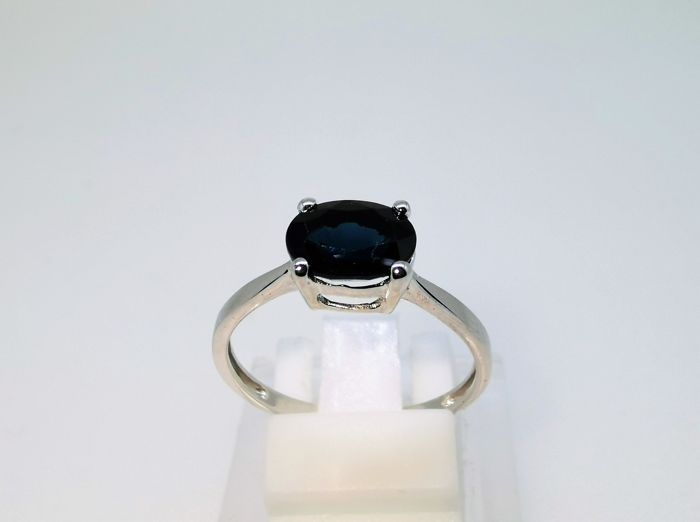 18 kt. White gold - Ring - 1.80 ct Sapphire