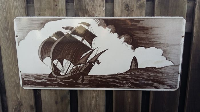 Heavy enamel plate with Twe master and lighthouse in sepia colors - Emaille