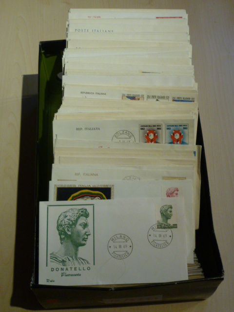 Italy 1962/1997 - big batch with 916 FDC