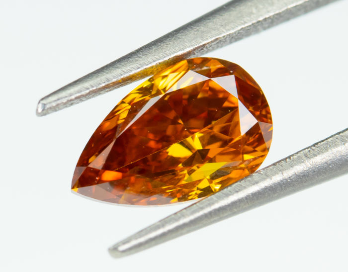 Diamant - 0.39 ct - Natural Fancy VIVID Orange - SI2 *NO RESERVE*