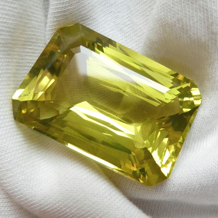 Lemon Quartz - Geen minimumprijs - 81.62 ct