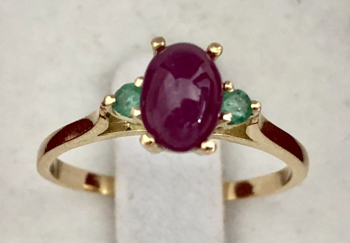 18 kt. Gold - Ring - 1.19 ct Ruby - Emerald