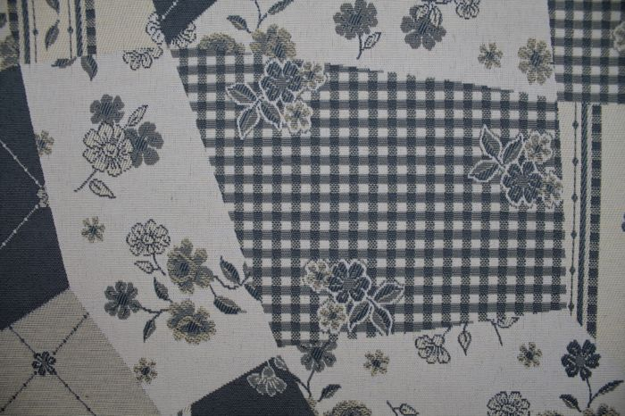 5.50 x 1.40 meters Fantastic patchwork gobelin fabric with flowers blue - Cotton, Resin/Polyester - Late 20th century