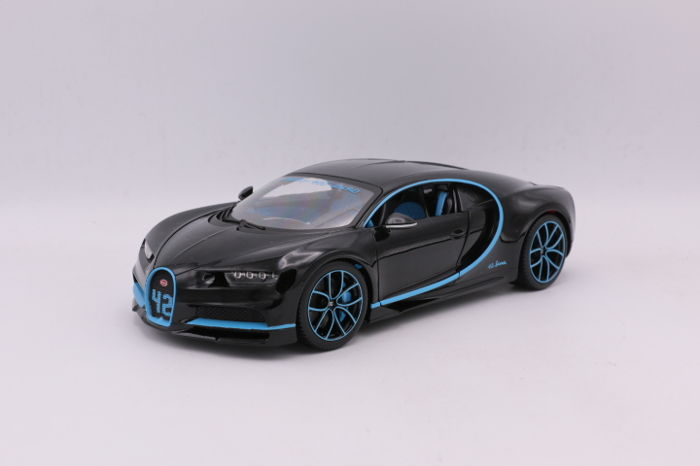 Bburago 1 18 Bugatti Chiron Color Black Blue Catawiki