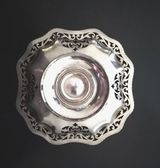 Edwardian Sterling Silver Tazza or Table Centerpiece - Stephenson & Sons, London - 1910