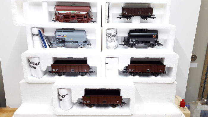 Roco H0 - 45954/46430/47074/47769/47939 - Freight carriage - 8 different ones - SNCF