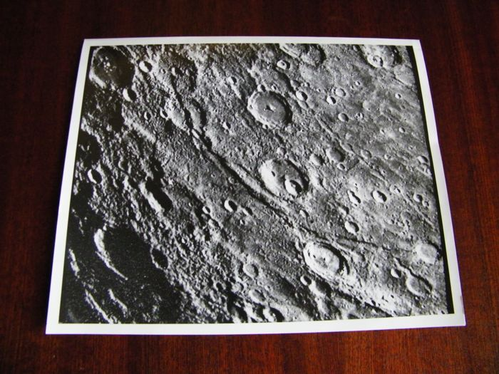 Drie foto's van de planeet Mercurius, een archieffoto  en twee NASA foto's  - Original photos of Mercury - Kodak Photo Paper