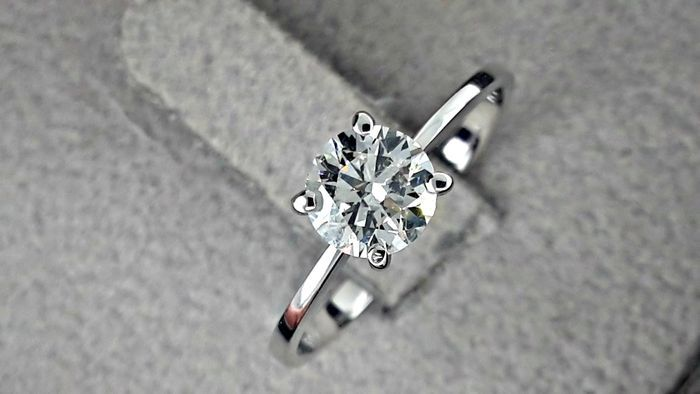 14 kt. White gold - Ring - Clarity enhanced 0.80 ct Diamond