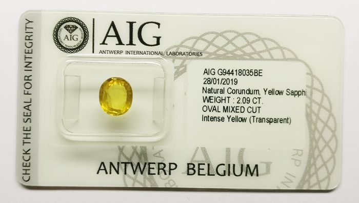 1 pcs Geel Saffier - 2.09 ct