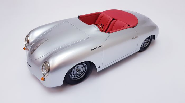 Big Scale Models - 1:8 - Porsche 356 Speedster Competition