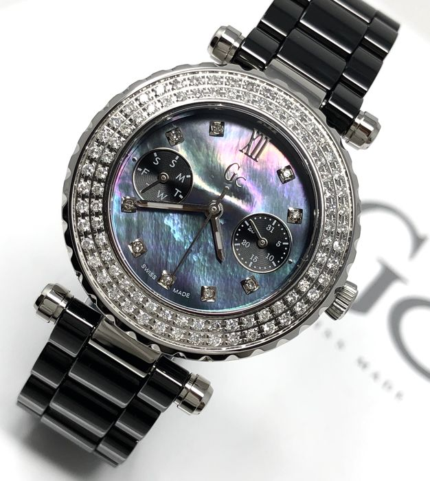 "Guess Collection - Diver Chic 97 Diamonds Black MOP Ceramic Swiss  - ""NO RESERVE PRICE"" A28102L2 - Women - 2011-present"
