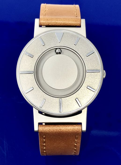 Eone - Bradley Voyager Silver with Italian Leather Strap Swiss Movement  - BR-VO - Unisex - 2011-present