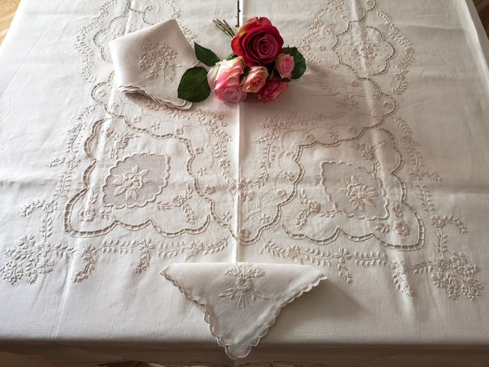 Refined Tablecloth x12 with 24 napkins in pure linen embroidery stitch full by hand - Linen - after 2000
