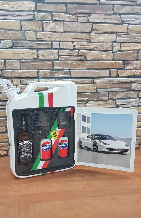 油箱 - Jerry can Ferrari very GOOD  - 2018-2018