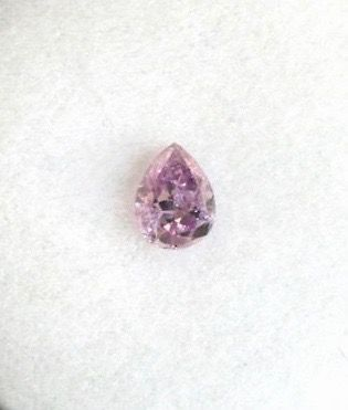 1 pcs Diamant - 0.10 ct - Poire - fancy intens purple pink - I1