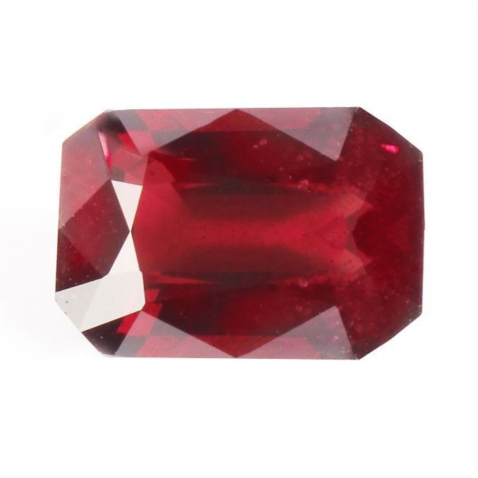 Rood Spinel - 8.29 ct