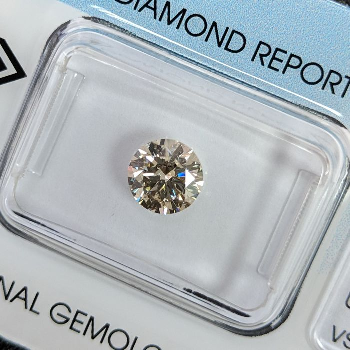 Diamond - 1.01 ct - Brilliant - U-V, Light Brown - VS2